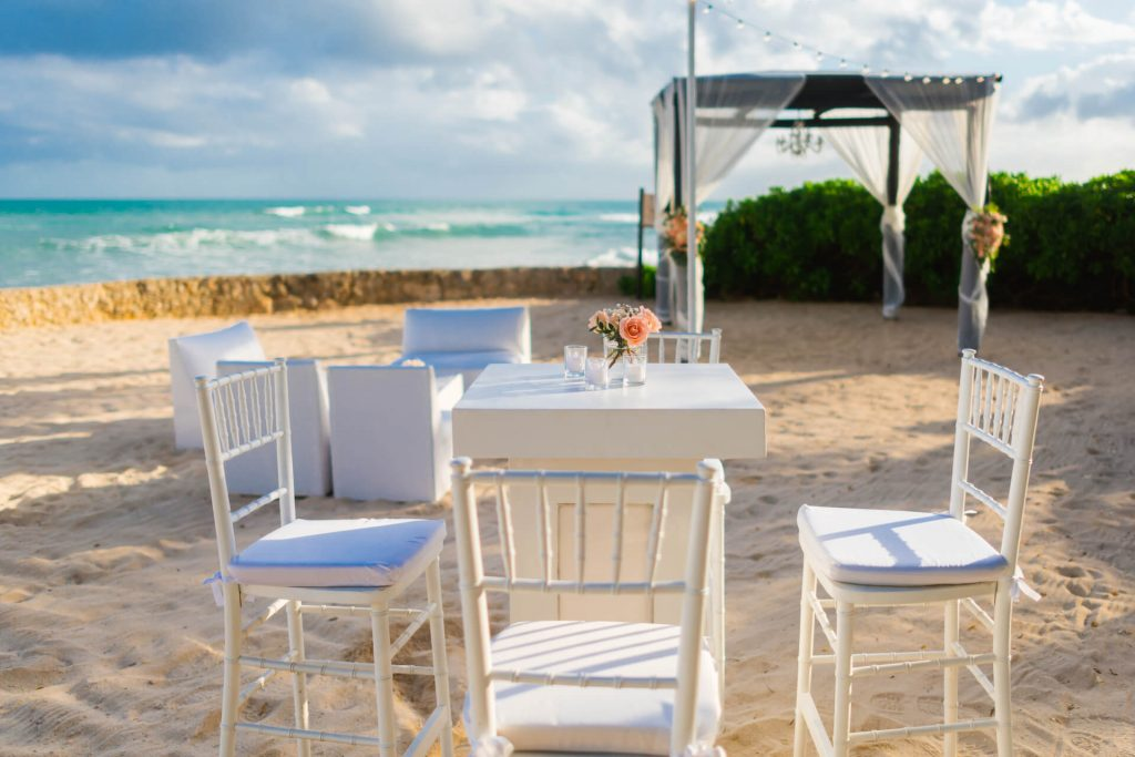 decision-making-beach-table