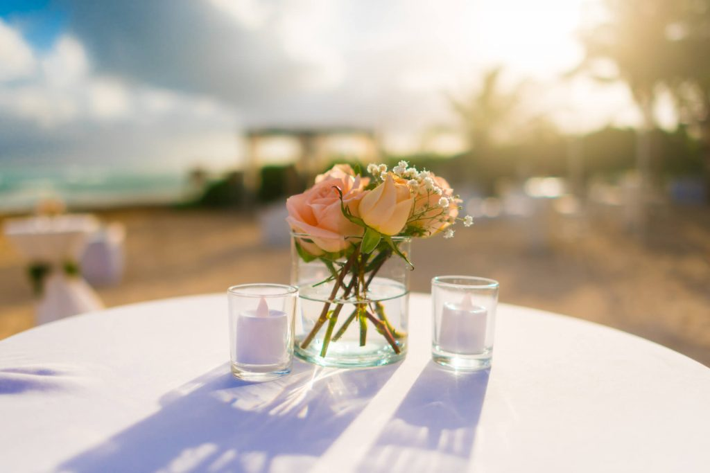 special-services-roses-table